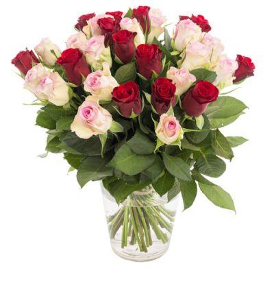 Graceful_Flower_Vase